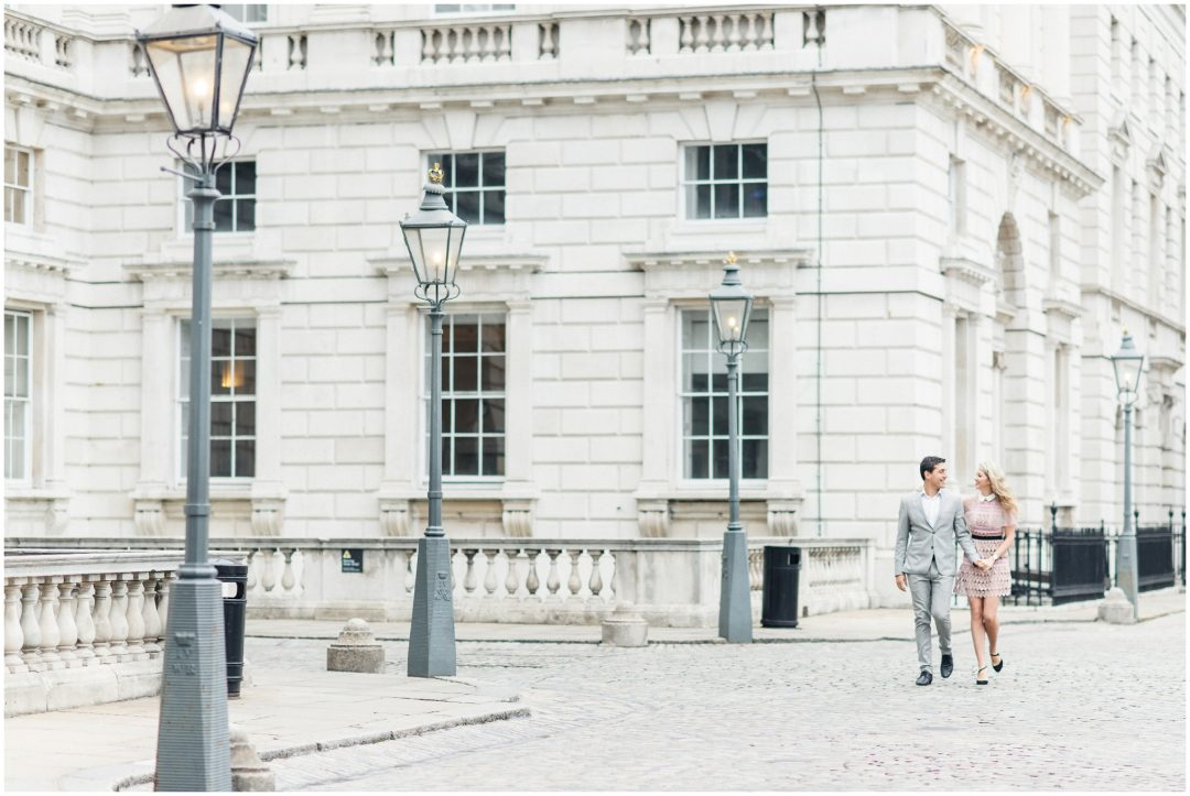 Prettiest Engagement shoot in Trafalgar square, London - lifestyle, engagement - Nkima Photography 2017 London Engagement 0011