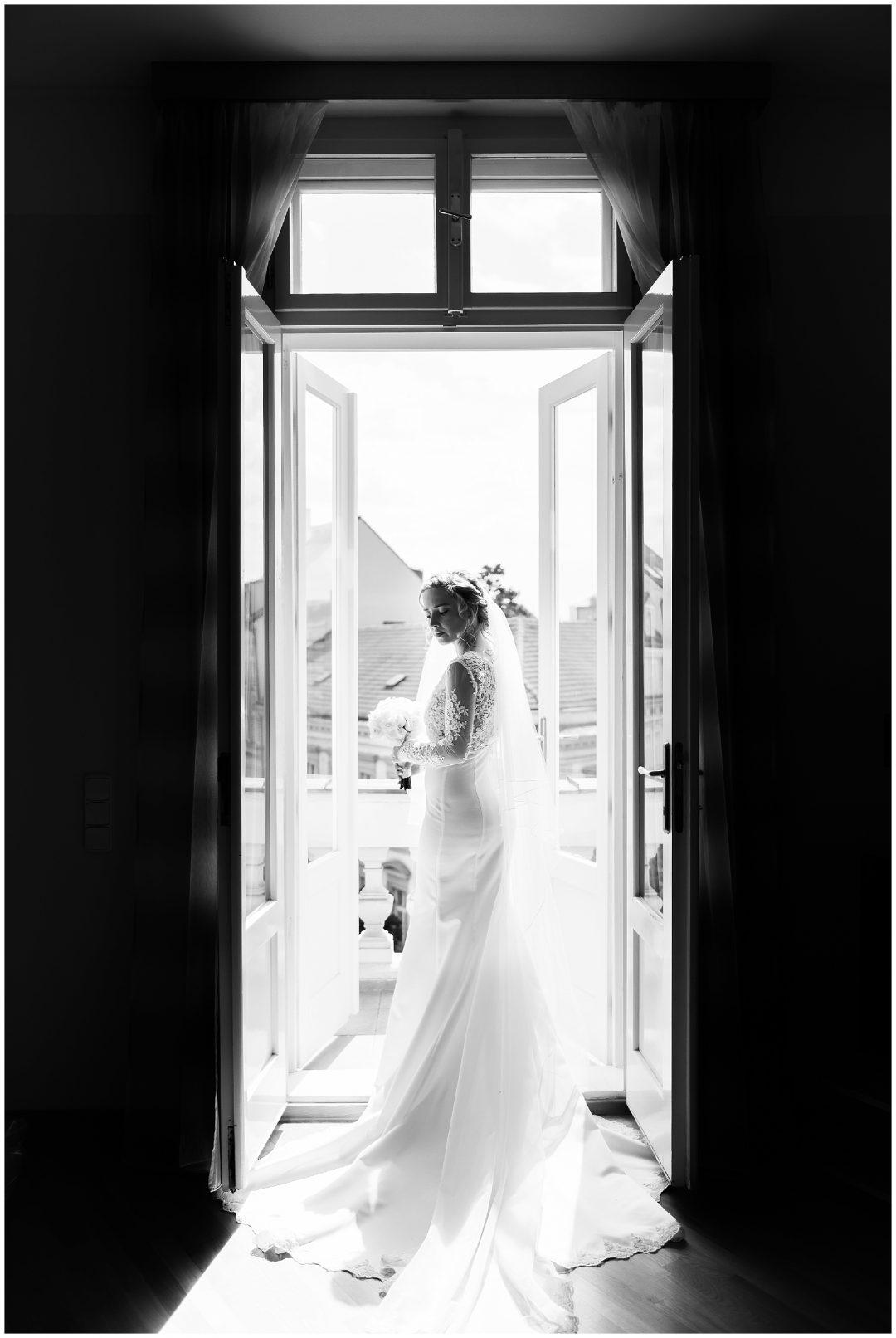 Destination Wedding in Prague | Pav and Steffen - weddings - Destination wedding Prague wedding Nkima Photography 0011