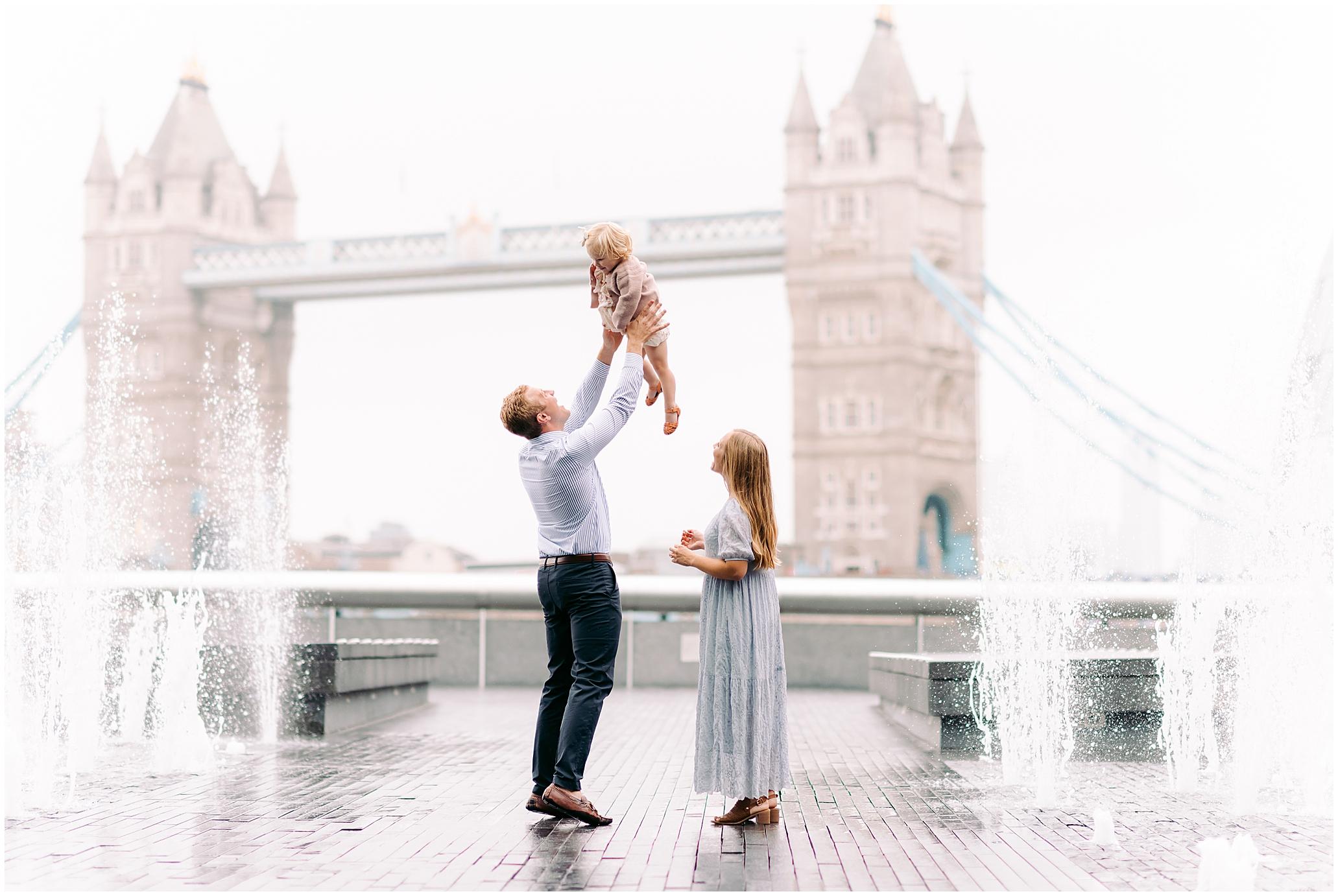 London family photographer, Tower Bridge - family - London Family shootLondon engagementNkimaPhotography 0001